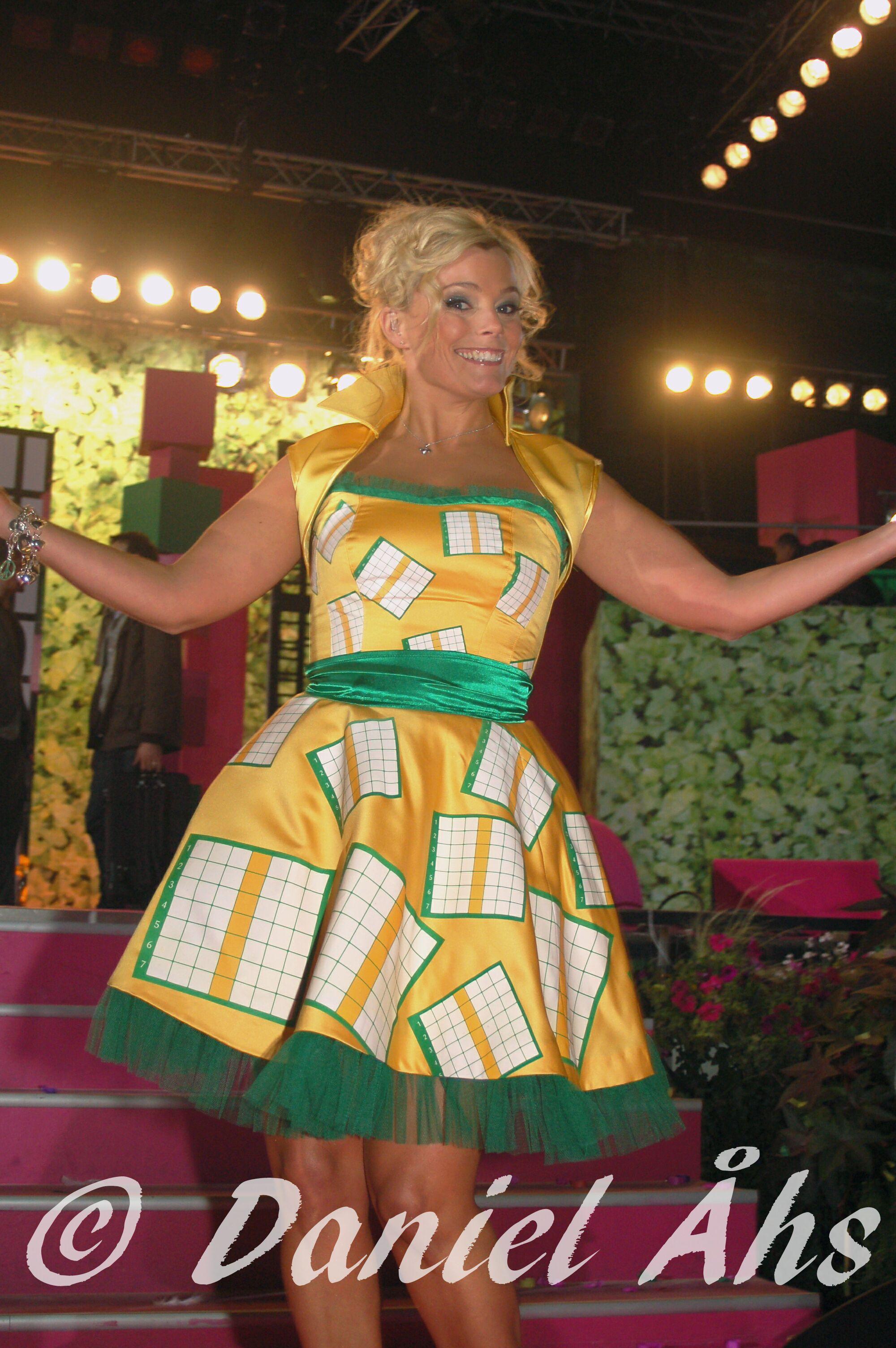2008. Gry Forssell Sommarkryssetklänning